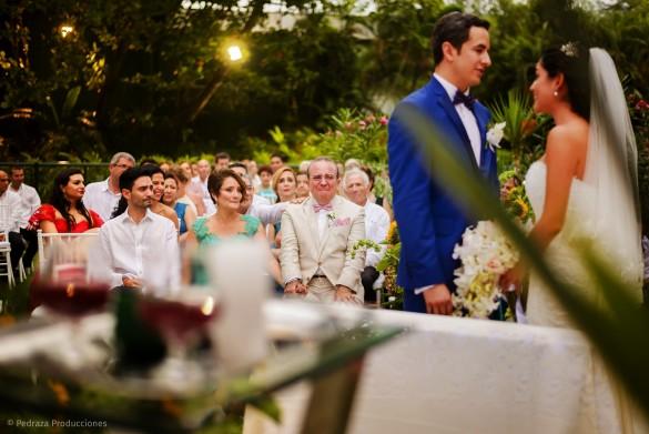carolina-y-anibal-fotografia-bodas-032-pedraza-producciones