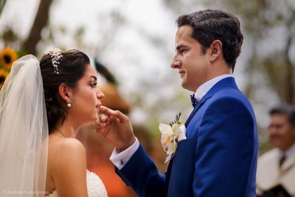 carolina-y-anibal-fotografia-bodas-033-pedraza-producciones