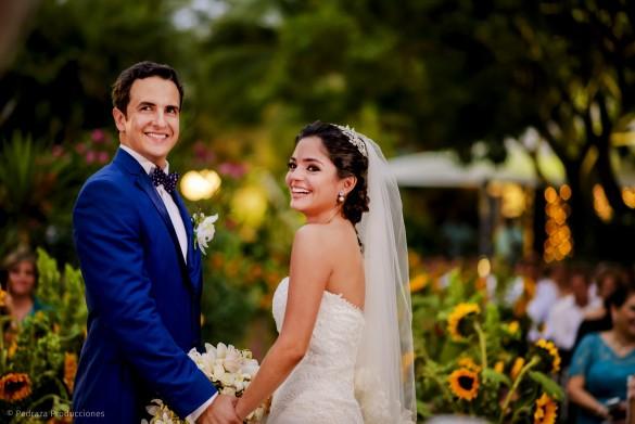 carolina-y-anibal-fotografia-bodas-035-pedraza-producciones