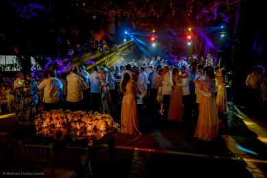 carolina-y-anibal-fotografia-bodas-046-pedraza-producciones