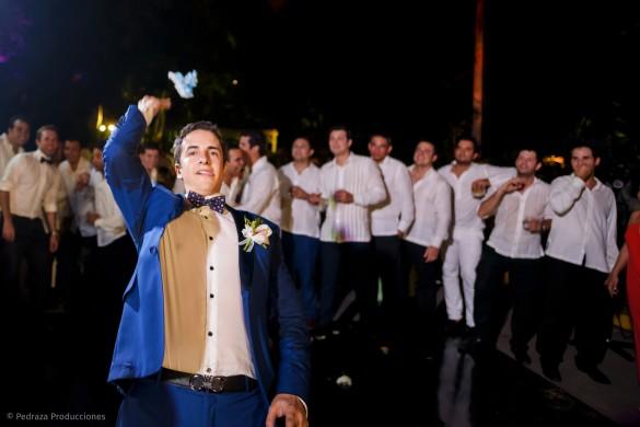 carolina-y-anibal-fotografia-bodas-057-pedraza-producciones