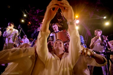 carolina-y-anibal-fotografia-bodas-058-pedraza-producciones