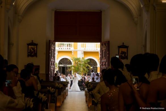 diana-y-andres-boda-030-pedraza-producciones
