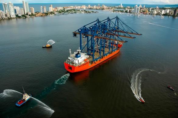 llegada-de-gruas-portico-a-sociedad-portuaria-de-cartagena-0002