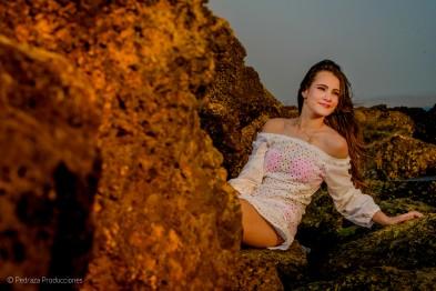 mejores-fotos-de-estudio-quinceanero-daniela-cartagena-pedraza-producciones-00009