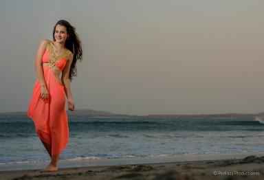 mejores-fotos-de-estudio-quinceanero-daniela-cartagena-pedraza-producciones-00011
